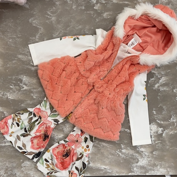 Faux Fur Orange Outfit with Floral Bell Bottom Pants